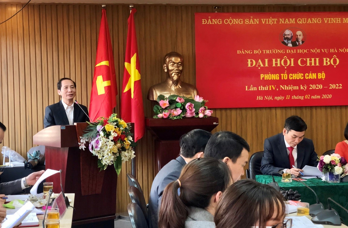 Party cell Congress of Personnel Department, term 2020-2022 under the Party Committee of Hanoi University of Home Affairs