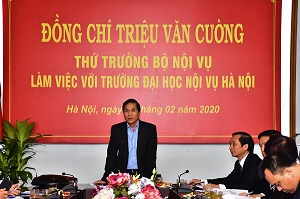 Deputy Minister Trieu Van Cuong had a working day  with Hanoi University of Home Affairs